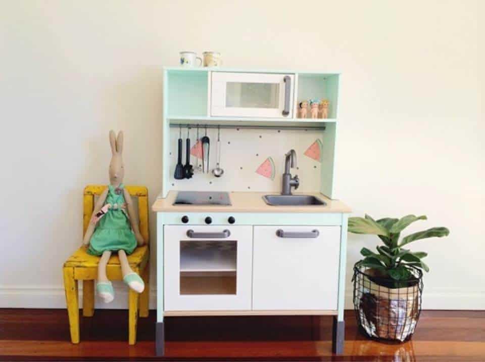 Ikea play kitchen makeovers oh so busy mum for Ikea child kitchen set