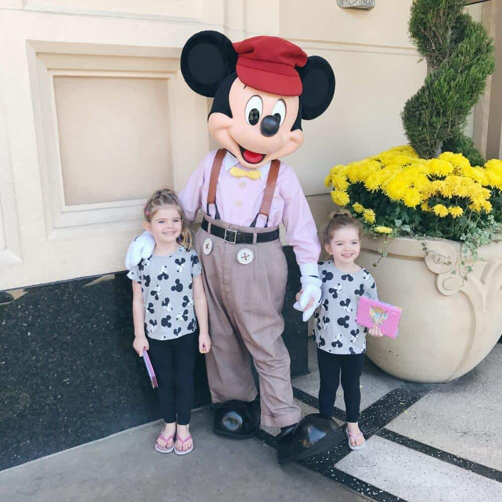 6 reasons to visit Disneyland - Oh So Busy Mum