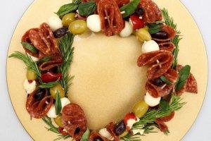 Antipasto Christmas Wreath Skewers