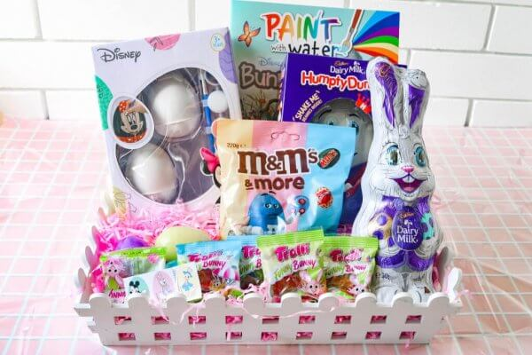 How to create an Easter basket for children